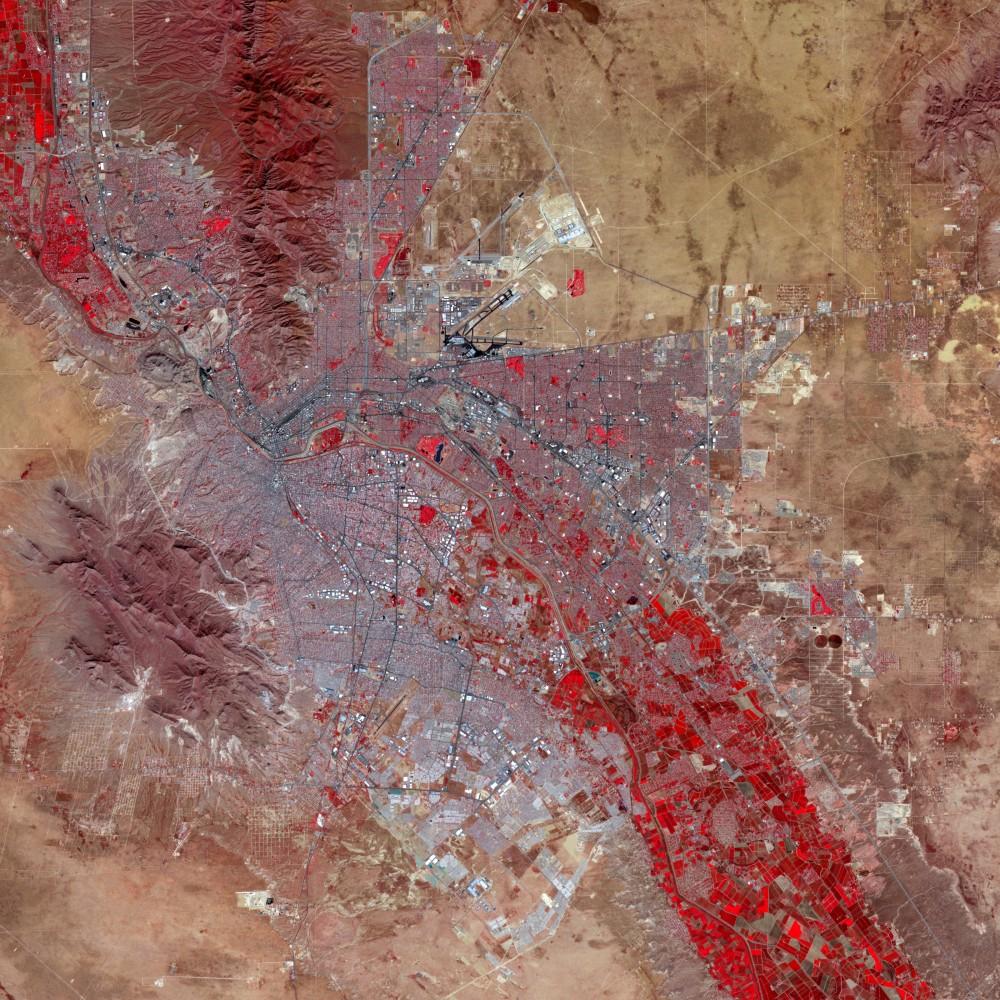 <p>El Paso/Juarez. Photo: LandSat. Used by permission as a part of the <em>New Cities, Future Ruins</em> website.</p>